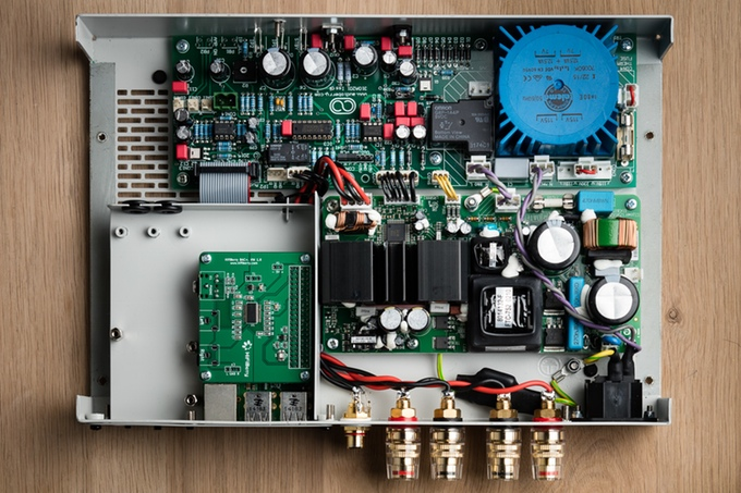 ZULA, a Modular Open Source Audiophile Amplifier