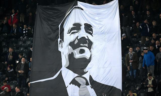 """Fanbase Newcastle: """"Jika Rafael Benitez Pergi, Kami Juga Akan Pergi"""""""