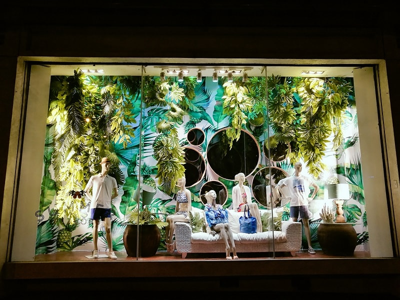 Rustan's Makati Cabana Summer window display 2017