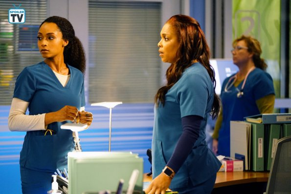 """NUP 185325 0160 595 Spoiler%2BTV%2BTransparent - Chicago Med (S04E11) """"Who Can You Trust"""" Episode Preview"""