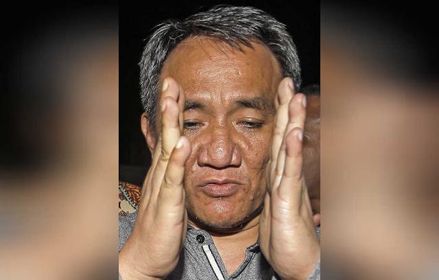 Andi Arief Nilai Gerakan #2019GantiPresiden Cuma Taktik Naikkan 'Harga Mahar'