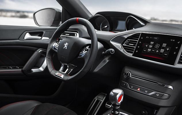 Interior Peugeot 308S GTi