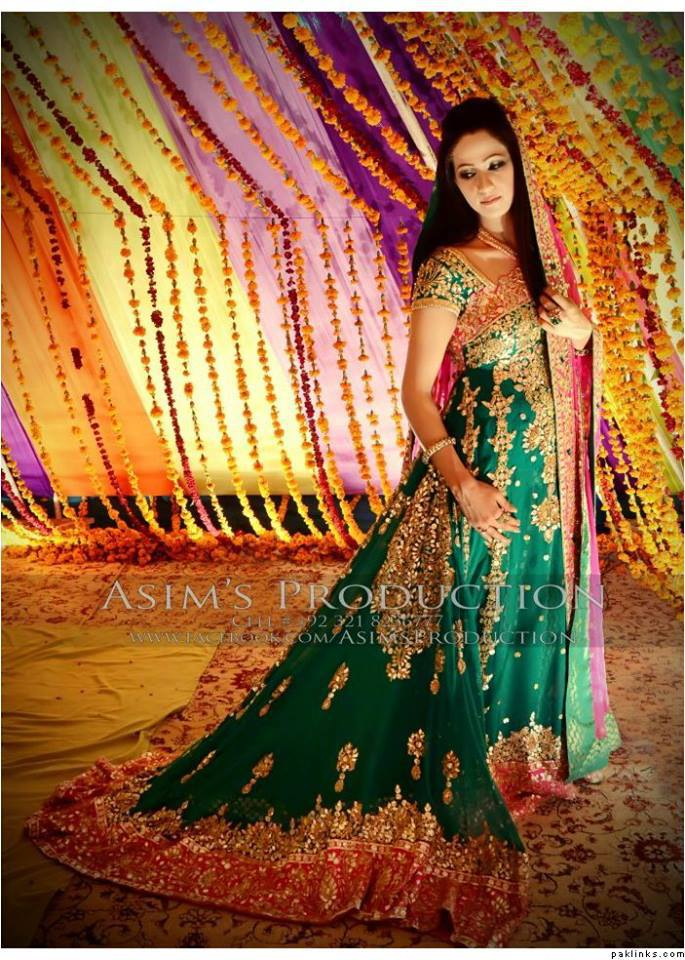 beautiful,green,bridal,dress,for,mehndi