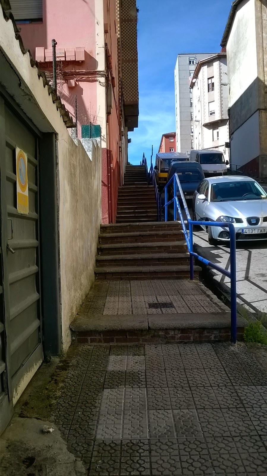Escenas de santander escaleras al cielo v for Escaleras villar