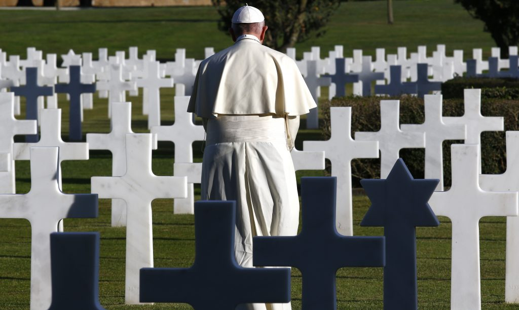 At American WWII cemetery, Pope begs: 'Please, Lord, no more war!'