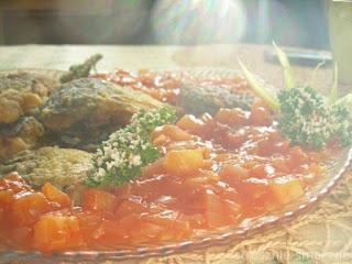 Ryba w sosie z ananasem i cebulą