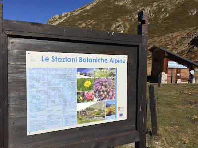 Sign at the Botanical Station near Rifugio Garelli.
