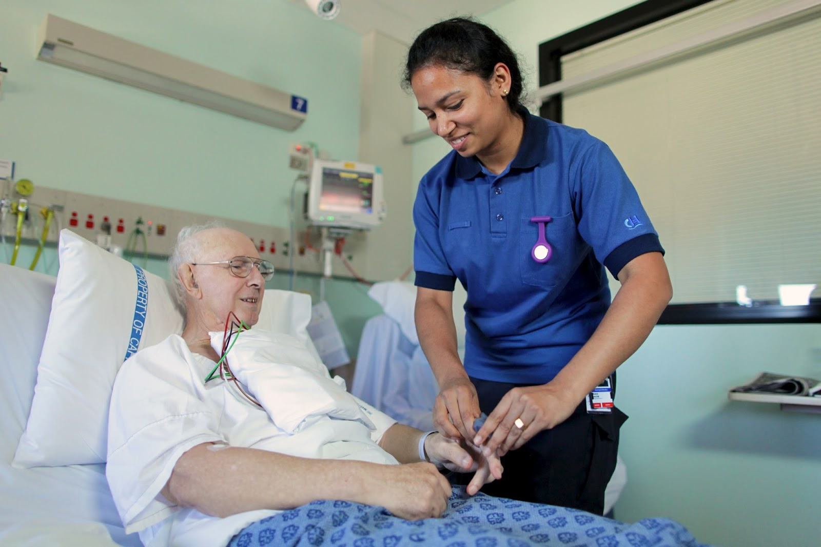 Nurse Jerks Off Patient