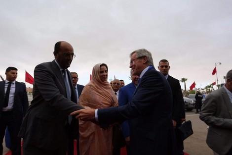 الدرهم: رفع رايات المغرب وفرنسا في مدينة العيون يزعج الخصوم