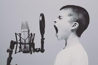 7 Tips Ringan Merawat Pita Suara