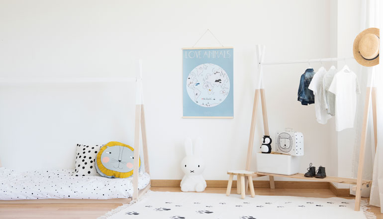 Decoración habitación infantil Montessori fácil y económica