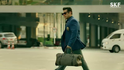 salman khan suit in race 3