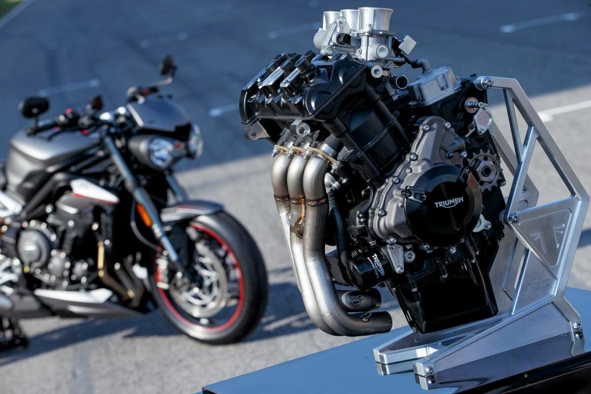 Sibuk di Moto2, Triumph akan stop sementara produksi Daytona 765 sampai tahun 2020