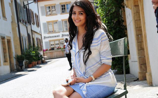 pooja hegde hd photos