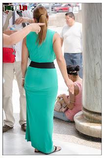 madura-nalgona-ajustado-vestido
