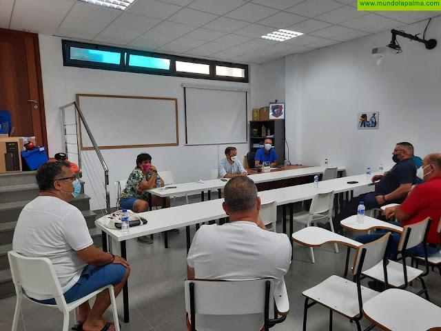 El Cabildo y los equipos de lucha canaria se unen por la seguridad de los deportistas