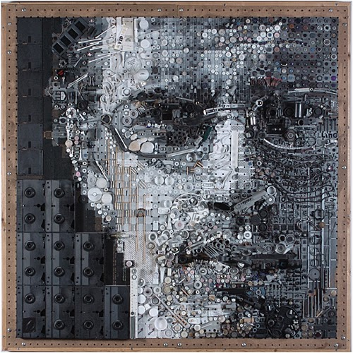 05-Dave-Zac-Freeman-Recycles-Portrait-Sculptures-www-designstack-co