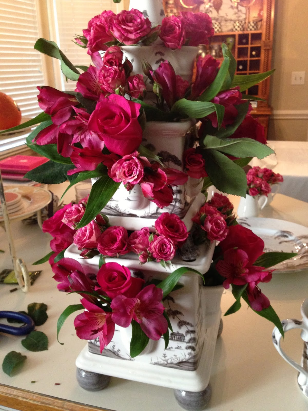 Lisa mende design the simplest way to arrange flowers we just celebrated my 90 year old mother in laws birthday while i love decorating for a party as much as the next person my mother in law demanded we izmirmasajfo