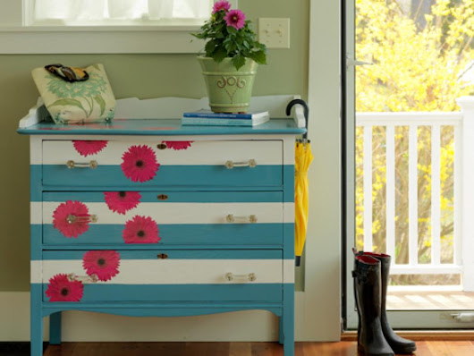 Home Smiley: 6 Ways To Restore Old Furniture
