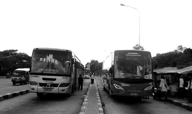 Tarif Bus Damri Jatinangor - Dipati Ukur Bandung