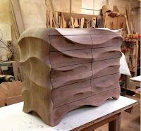 mueble tallado en madera original