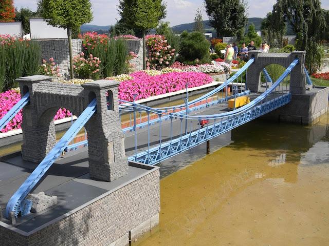 jak wygląda słynny most z Wrocławia w miniaturze?