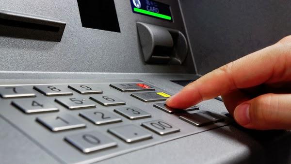 Proses Pengambilan uang di bank BRI BNI BCA