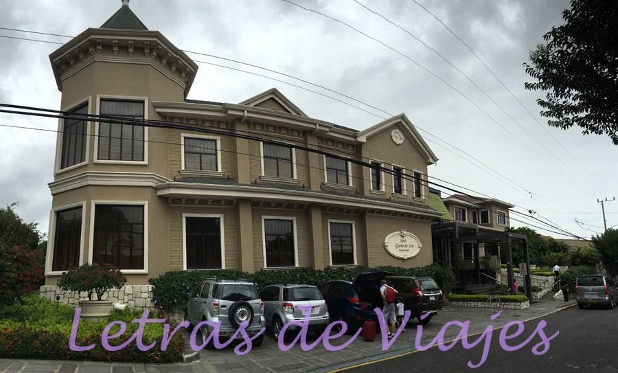 Trascurrido Un Año El Negocio Funcionó Y Adquirieron Otra Casa También Propiedad De La Familia Pozuelo Para Ampliarlo Hotel Como Está En