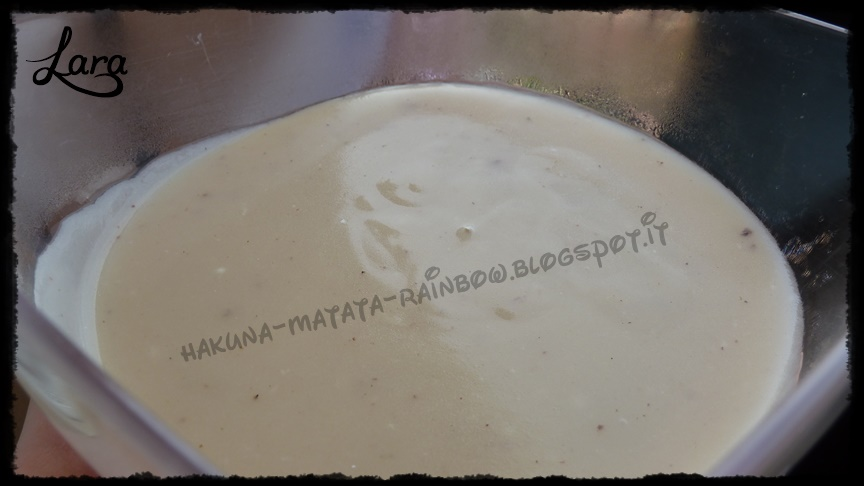 http://cucinaconlara.blogspot.it/2014/12/besciamella-senza-latte-e-senza-burro.html