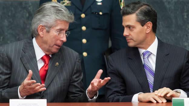 Mientras millones votaban, gobierno otorgó contratos por 24 mil mdp a consentidos de EPN