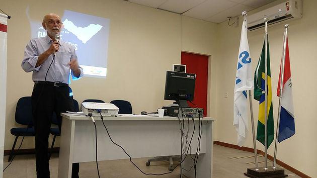 Palestra apresentando dados, indicadores e mapas da socioeconômica de Delmiro Gouveia é realizada