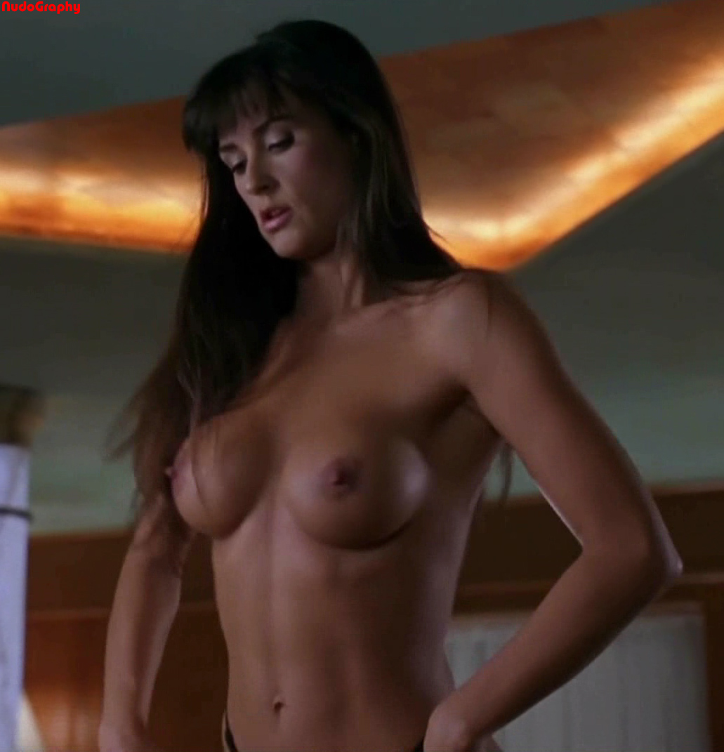 Demi moore strip tease nude