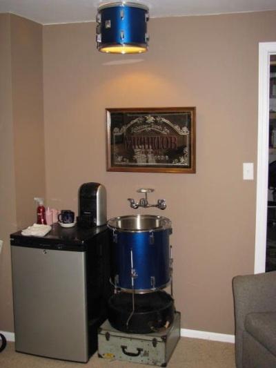 Wastafel dari drum, cocok untuk studio musik di rumah.