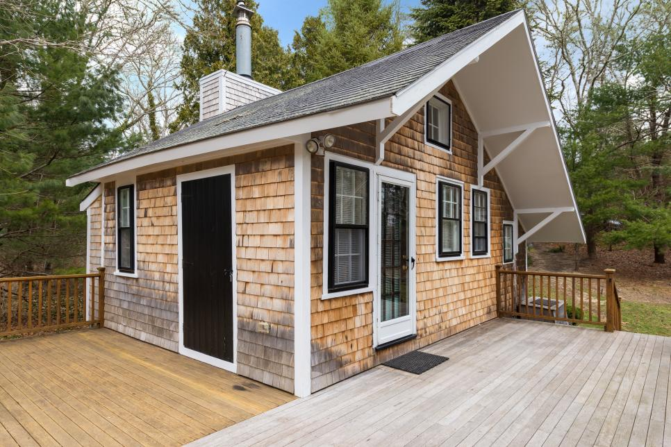 Tiny House Town: A 348 Sq Ft Barnstable Cottage