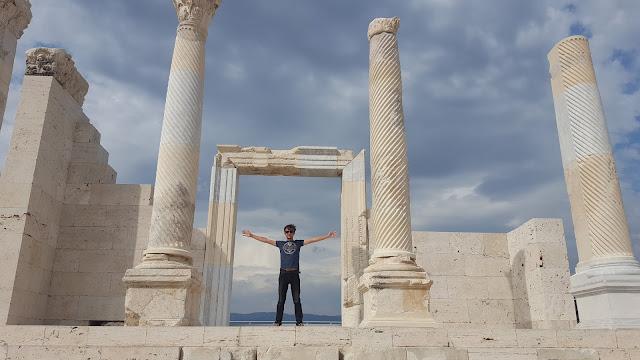 Harun İstenci Denizli Laodikeia Antik Kentinde...