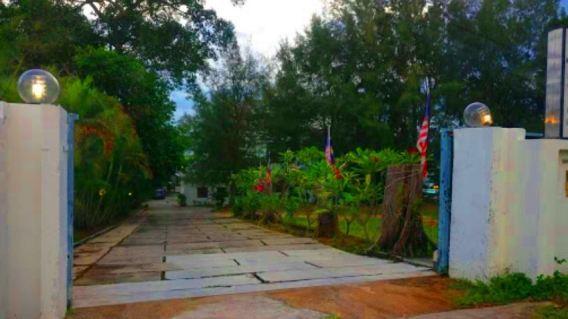 Casa Rasa Sayang Resort pintu masuk