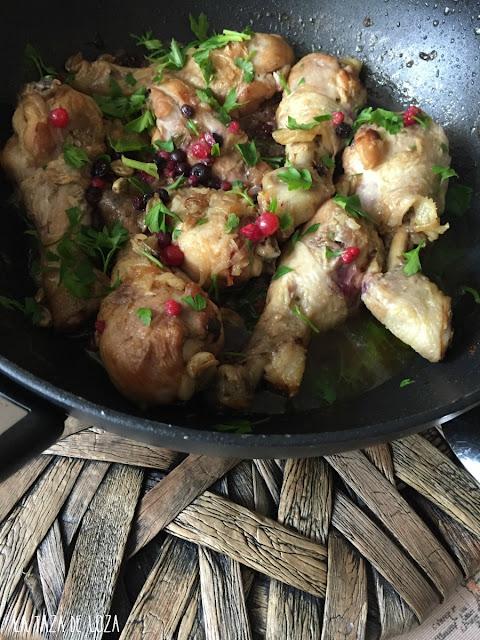pollo-con-arándanos-y-especias