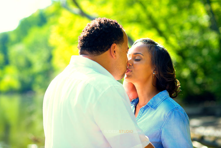 Ann Arbor Arboretum Engagement session - Sudeep Studio.com Ann Arbor photographer
