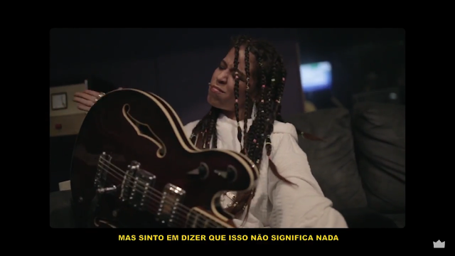 "Flora Matos lança o Webclipe (Lyric Video)  ""Preta de Quebrada"""