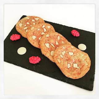cookies très girly aux pralines roses et chocolat blanc