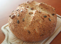 torta de pan semi integral casera con semillas