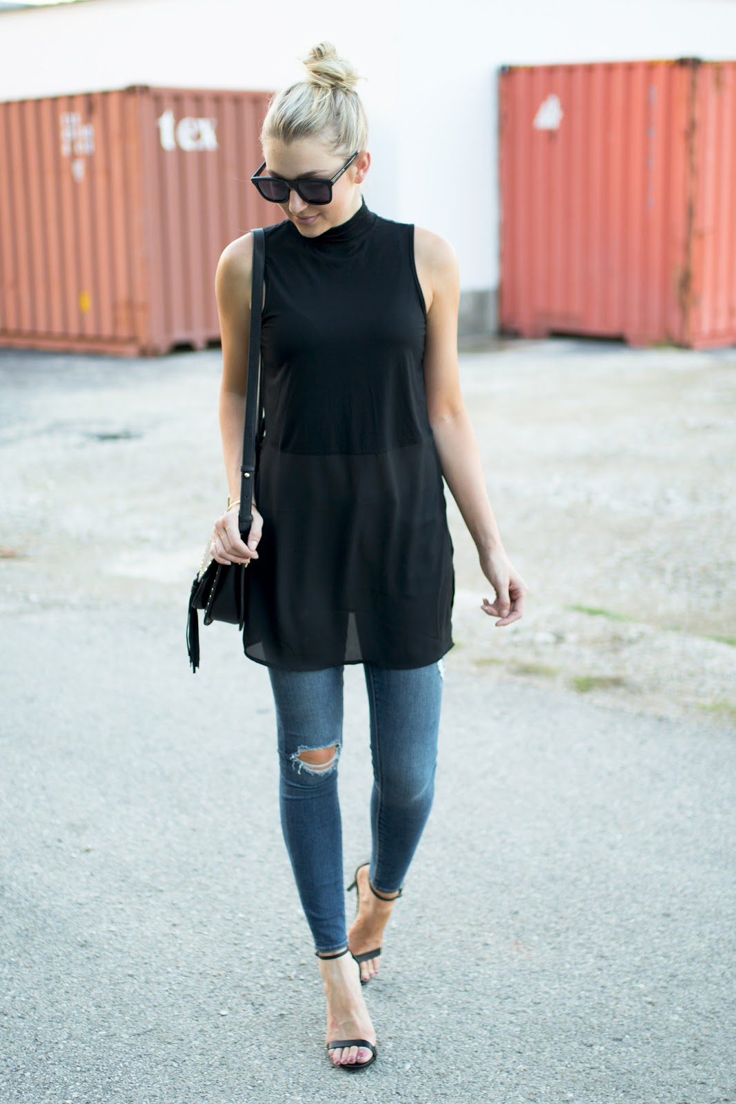 Black tunic tank with distressed jeans