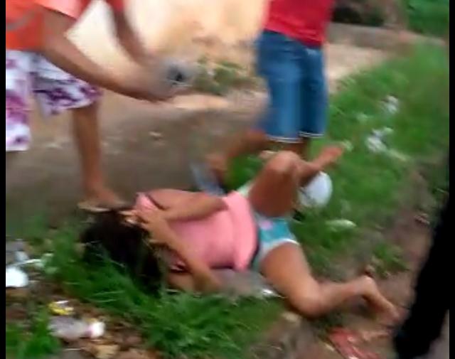 POLÍCIA - Pistola trava quando bandido iria atirar na cabeça de criança no Maranhão