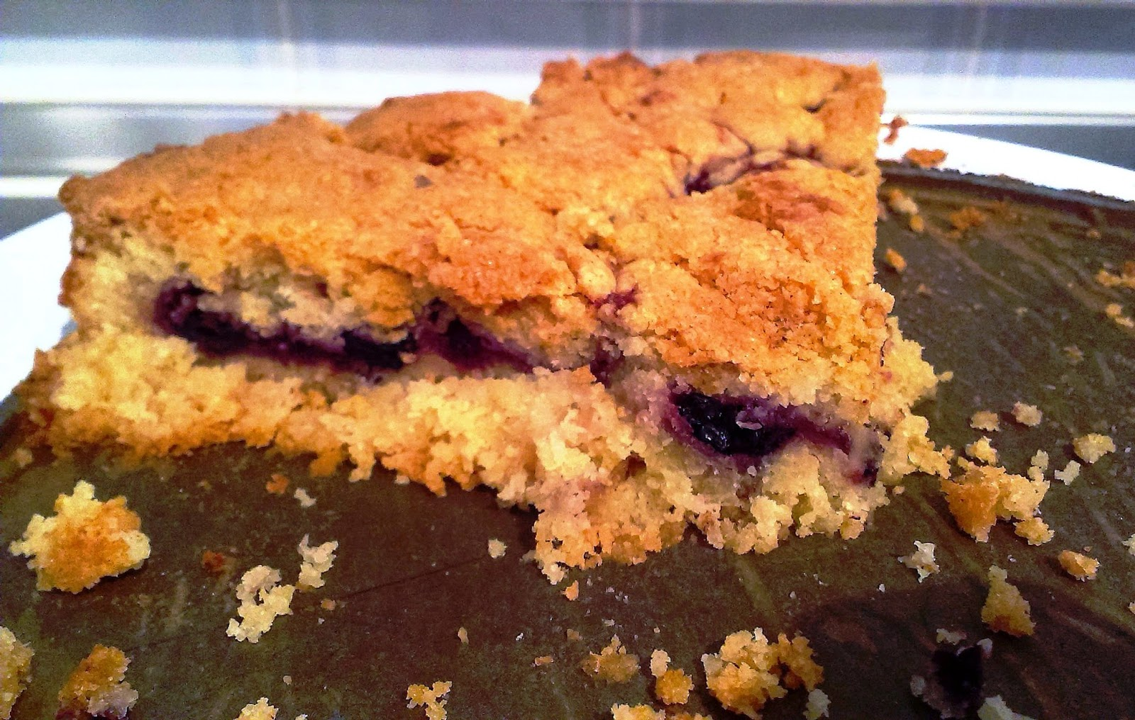 Blackberry and cinnamon cake