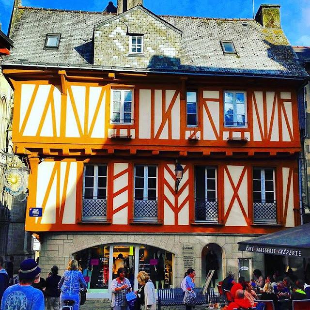 Wooden Houses in Vannes I Brittany I France I Travelling Hopper I