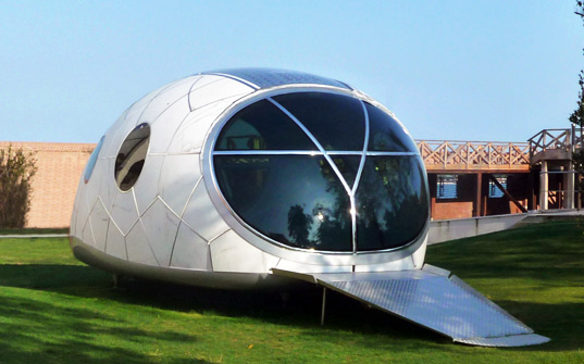 MercuryHouseOne the Futuristic Mobile Home of the Future ... on laid out mobile homes, home improvement mobile homes, hgtv mobile homes, neat mobile homes, for rent mobile homes,
