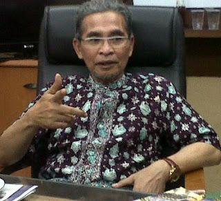 H.Muzammil Syafii,SH,M.Si Anggota Komisi A