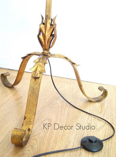 Lámparas con pie dorado antiguas