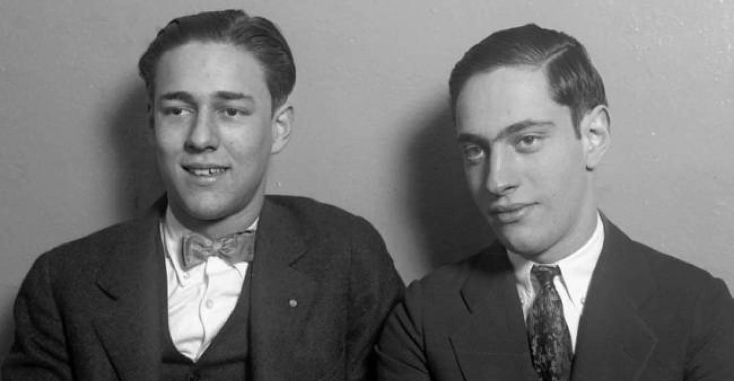 leopold and loeb Ninety years ago this week, bobby franks, 14, left school and headed for his parents' mansion in the kenwood section of chicago his walk didn't take.