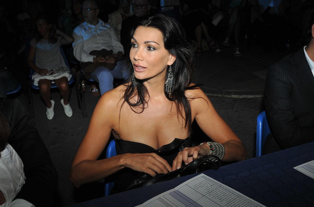 Luisa Corna Nude Photos 72